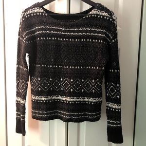 Patterned knit scoop neck sweater